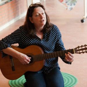 Muziek met Annelies - Over Annelies